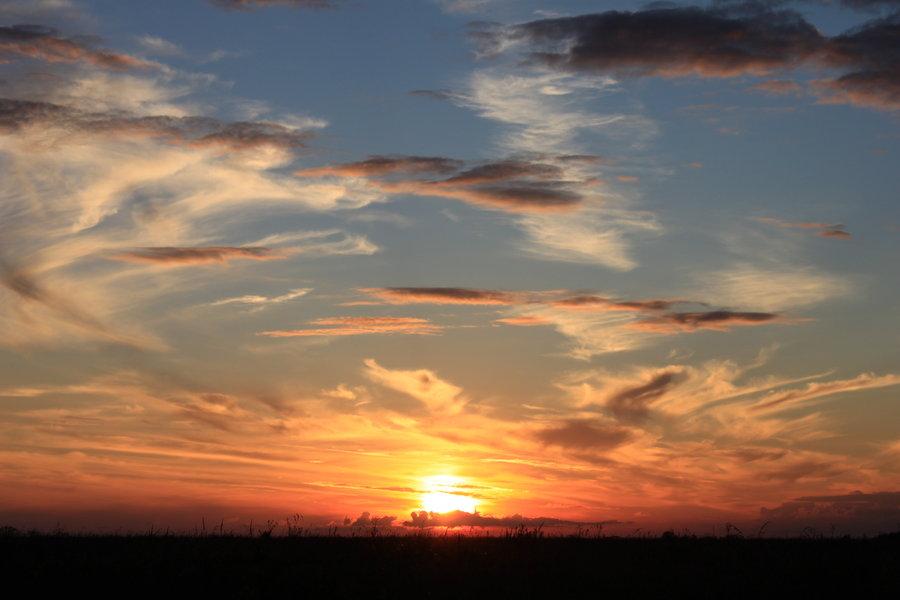 sunset_sky_2_by_manichysteriastock-d3bjiec