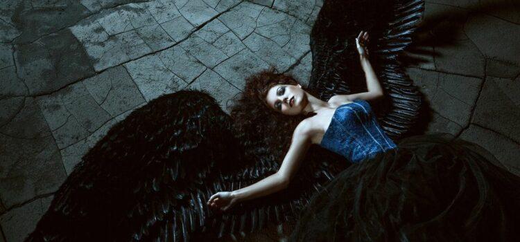 Црниот Ангел - Наталија Наумовска