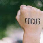 """10 инспиративни мисли кои ќе ја разгорат желбата за успех во вас: """"Патот до успехот и патот до неуспехот се речиси исти"""""""