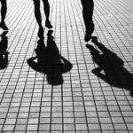 Сенките нè одминуваат - Никола Маџиров