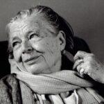 На денешен ден е родена Маргерит Јурсенар која била прва жена примена во француската академија