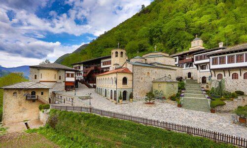 Поетско-ликовната манифестација по повод илјада години Бигорски манастир ќе се одржи утре