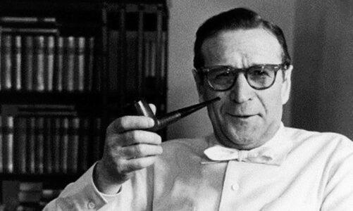 Жорж Сименон, кој според многумина бил најголем писател на крими романи на сите времиња починал на денешен ден