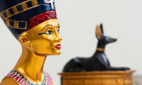 Нефертити – најмистериозна и најмоќна жена во стар Египет