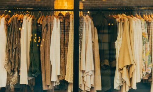 Од каде ни е идејата да ја следиме модата и кој прв почнал?